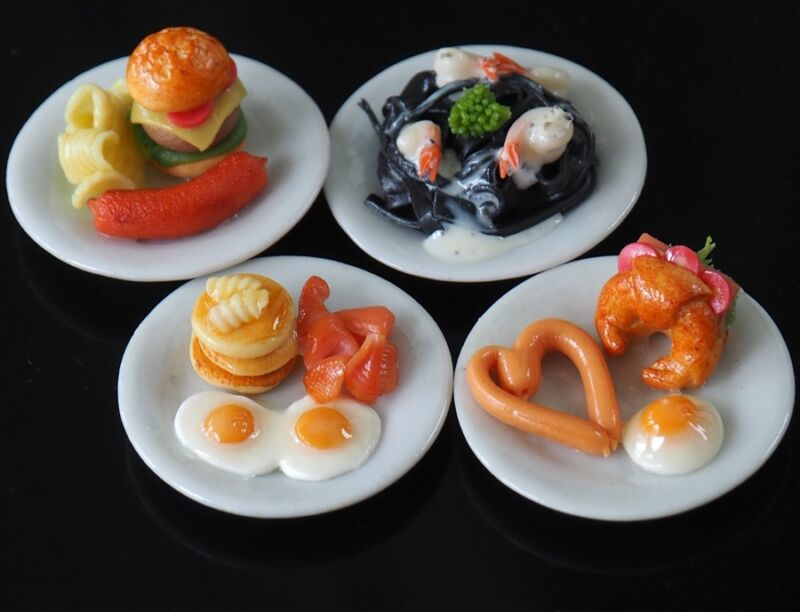 1:6 Dollhouse Miniatures Chinese Steamed Dumplings Deco Barbie Food Supply A009