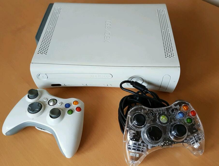 60gb Xbox 36015 gamesin Banbury, OxfordshireGumtree - 60gb Xbox 3602 controllers 15 games see photo for list