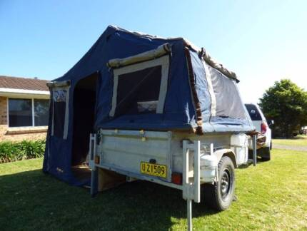 Oztrail camper 6 with awning + heavy duty trailer