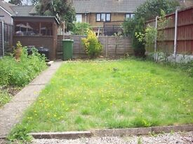 A clean single room available with internet in Basildon, Essex
