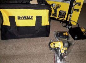 Dewalt 10.8V Lithium ION Set Drill and impact driver DCK211C2