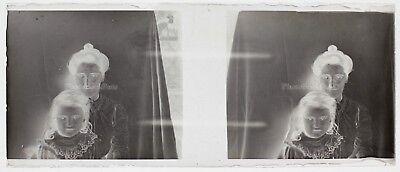 Mutter und Mädchen Foto Platte Gläser Stereo Negative Vintage LG7