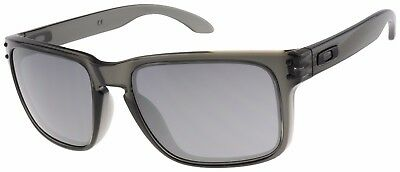 Oakley Holbrook Sunglasses Oo9102 24 Grey Smoke   Black Iridium Lens   Bnib