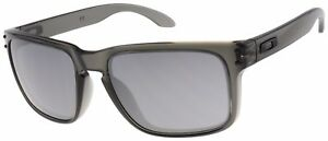 Oakley Holbrook Sunglasses OO9102-24 Grey Smoke | Black Iridium Lens | BNIB |