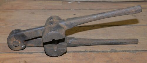 Antique blacksmith forged fishing net anchor weight mold collectible fish tool