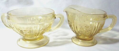 ANTIQUE YELLOW SHARON CABBAGE ROSE DEPRESSION FEDERAL GLASS CREAM AND SUGAR SET
