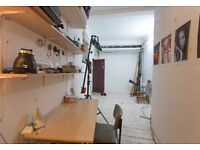 Studio/ office share next to angel tube