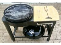 Barbeque. New. Charcoal BBQ. Ready to use. On 4 wheels.