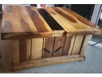 Handmade solid 'Jali' sheesham wood coffee table with storage inside it