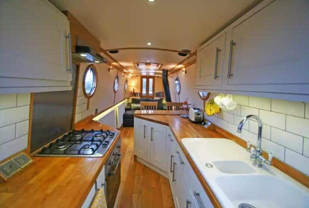 High Tech 57 Liveaboard Narrowboat Canal Boat Price Reduced In Skipton North Yorkshire