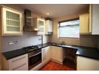 Student House to Rent in NW2 - Near Cricklewood Thameslink Station - Garden - Near Amenities