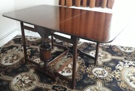 Vintage folding table immaculate condition reduced!