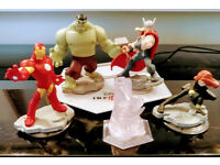Disney Infinity Avengers bundle. Thor, Hulk, Iron man, Black widow, portal