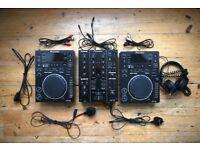 Pioneer DJM-350 + CDJ-350 x2 + Flight Case + Headphones