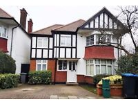 5 bedroom house in Wycliffe Gardens, Wembley Park, HA9