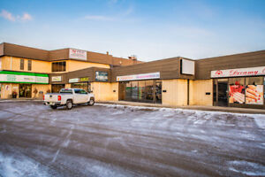 522-510 Vic Ave - Retail space with great visibility for lease!
