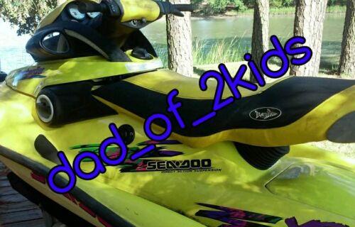 12 Volt Battery Float Trickle charger Jet Ski Car motorcycle lawn tractor Honda