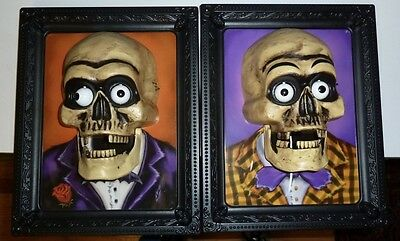 2 VINTAGE 2006 HALLOWEEN TAKE ONE SKELETON PLAQUES NOT WORKING DECORATION ONLY - Halloween Only Take One