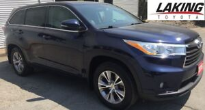 """2015 Toyota Highlander LE AWD """"""""LUXURY AND RELIABILITY"""""""" Clean C"""