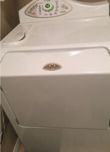LAVEUSE FRONTALE MAYTAG NEPTUNE FRONT LOAD WASHER