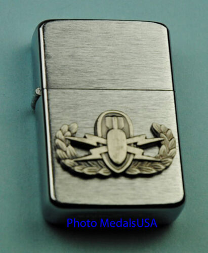 EOD BOMB DISPOSAL ARMY WIND PROOF LIGHTER  IN BOX  SBC074