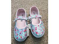 Girls summer floral shoes NEW