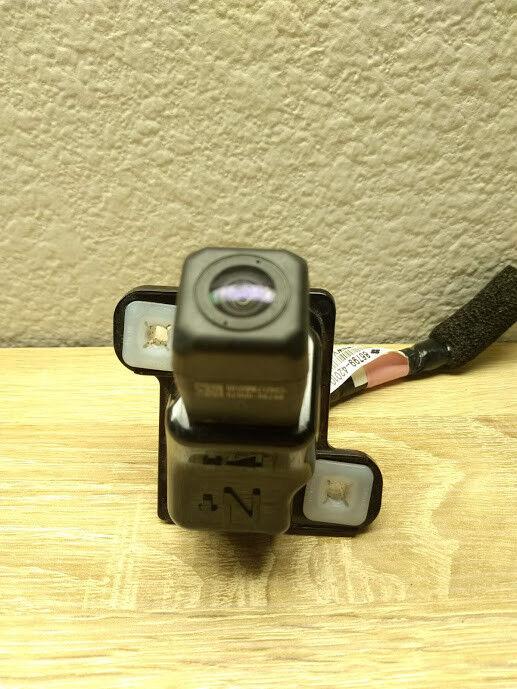 Mint Genuine 15-18 Toyota Rav4 Rear View Camera 86790-0R070 Liftgate LE XLE