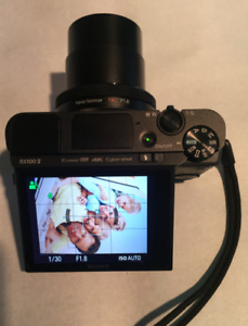Sony RX100 V with extended warranty