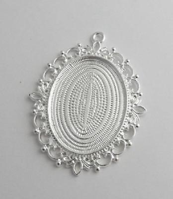 Large picture setting oval bezel pendant frame 30 x 40 mm bright silver ornate
