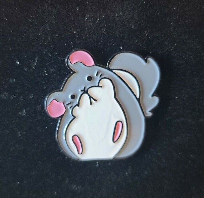 Chinchilla Pin Broach Button #LCPS