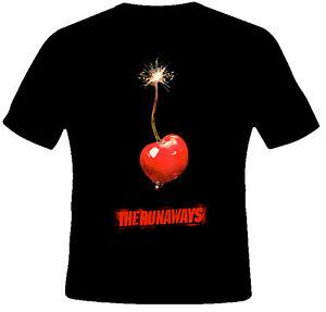 The-Runaways-Movie-Kristen-Stewart-Dakota-Fanning-T-Shirt