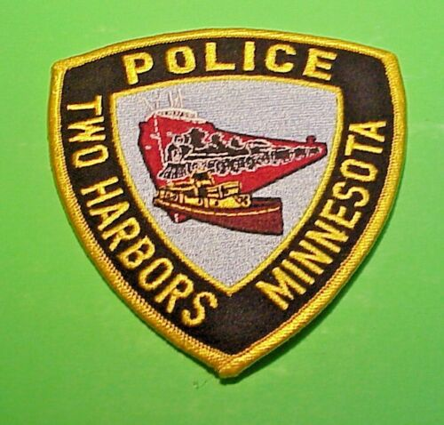 "TWO HARBORS  MINNESOTA  MN  4 3/8""  POLICE PATCH  FREE SHIPPING!!"
