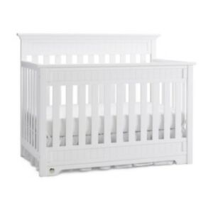 Fisher Price Lakeland Crib
