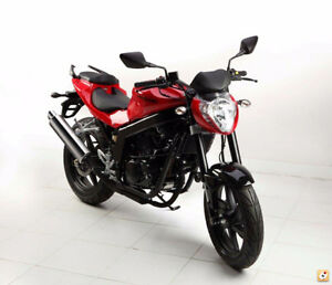SPRING BLOW OUT SALE! 2013 HYOSUNG GT250R-DEMO