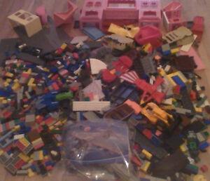 LOT of 10 LBS CLASSIC MEGA BLOKS - LEGO COMPATIBLE