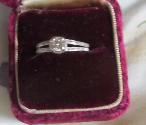 14k engagement ring approx .50 c diamonds