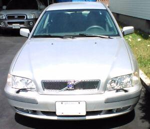 ------------2001 Volvo S40 Sport Sedan___Sell or trade----------