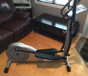 Exerciseur elliptique magnetique Infinity ST950