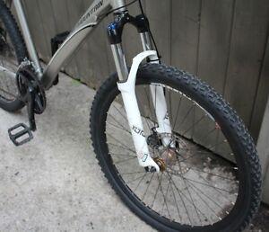 """2009 Rocky Mountain Metro 10 D XC Mountian Bike 20"""" Stratford Kitchener Area image 2"""