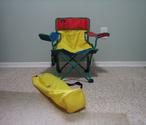 Toddler Folding Chair with side bag and carrying bag Kitchener / Waterloo Kitchener Area image 1