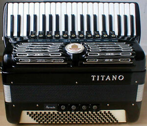 WANTED - LOOKING FOR MEN'S FULL SIZE ACCORDION IN GOOD CONDITION