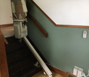 Stair lift, 5 step  Stannah 420 stairlift for sale