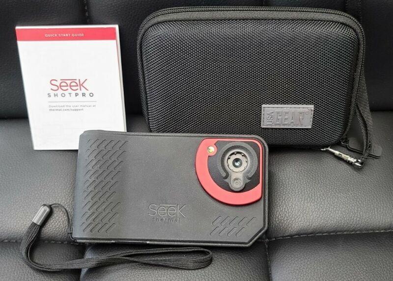 Seek ShotPRO Thermal SQ-AAA Battery Powered Handheld Thermal Imaging Camera