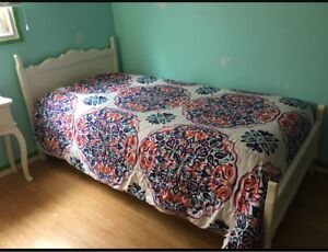 Single / Twin Bed with Mattress