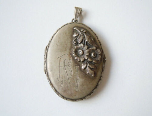 "Alpacca Photo Pendant Vintage Medallion Flowers Relief + Monogram "" Bm ""/"" MB """