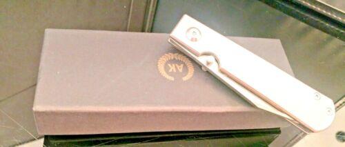 The Asher Classic folding knife