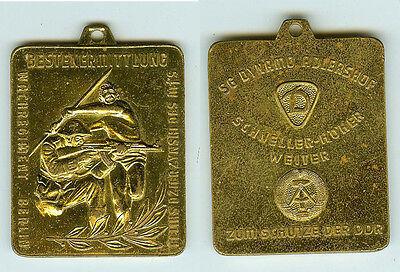DDR Medaille SG Dynamo Adlershof Wachregiment Berlin Feliks Dzierzynski MfS