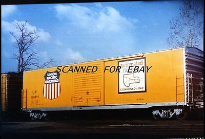 Union Pacific#500879 Box Car Zanesville Ohio Original Color  Photo-Railroad