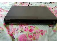 Samsung HT-Z320 DVD Player
