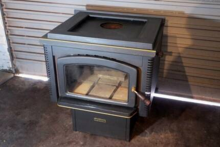 Norseman Legend wood heater and flue pieces